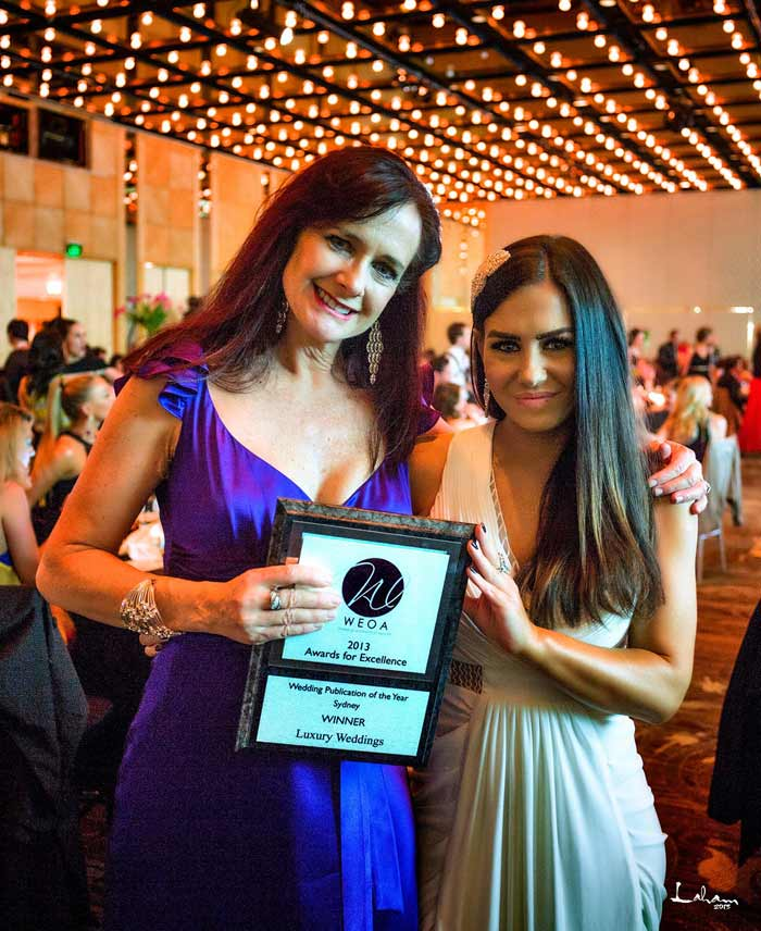 Victoria-Black-and-Rosemary-Slade-with-the-WEOA-Award-for-Wedding-Publication-of-the-Year-Luxury-Weddings