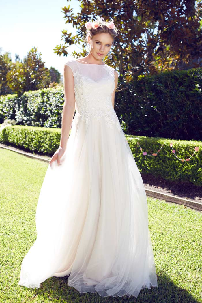 Garden wedding dresses for the bride and her girls for A pretty wedding dress