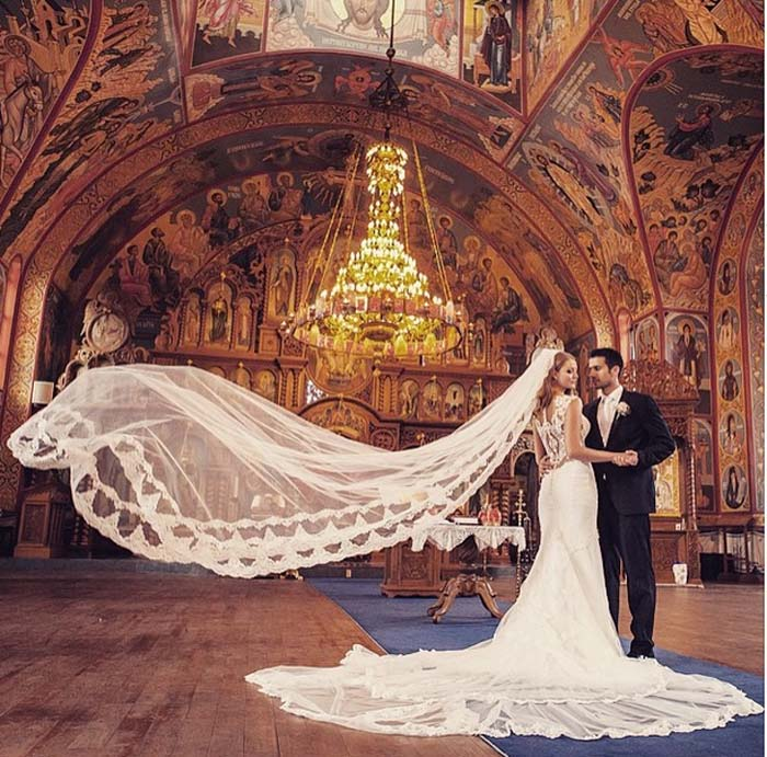 galia lahav, wedding, couple, wedding dress, veil, couple