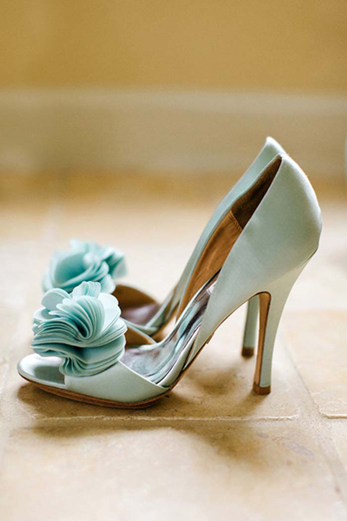 southern-wedding-aqua-heels-Badgley Mischka